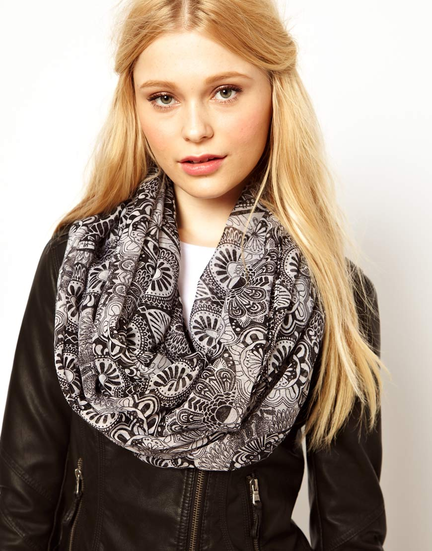 all wrapped up top 10 scarves this is meagan kerr